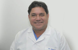Dr. ARTURO GASCA AVENDAÑO