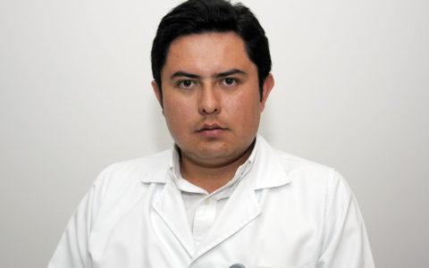 Dr.  SERGIO ESPINOZA